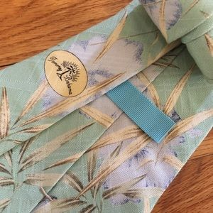 Tommy Bahama Accessories - 🌿Tommy Bahama Silk Tie